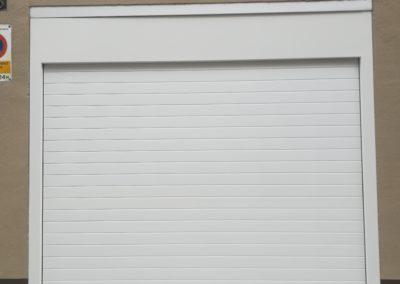 Puerta enrollable para garaje