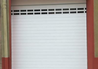 Puerta enrollable para garaje particular